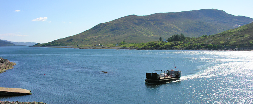 View of the Kylerhea ferry with the Old Inn in the background